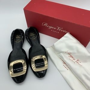 Roger Vivier patent leather buckle flats
